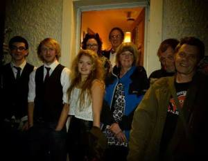 old friends and young ones ;-) Jason, Tyler, Lottie, Mick, Tracy and Ian