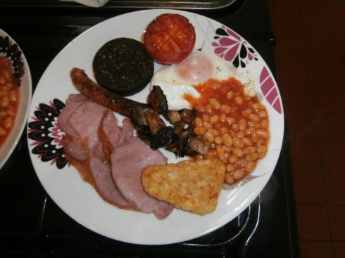"""Cerdyn Vill """" full"""" breakfast"""