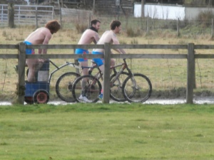 Mountain bike Chariot Racing
