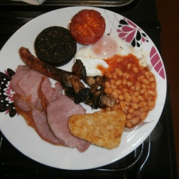 Cerdyn Villa breakfast